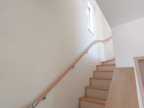 階高が低くく上り下りしやすい階段です。
